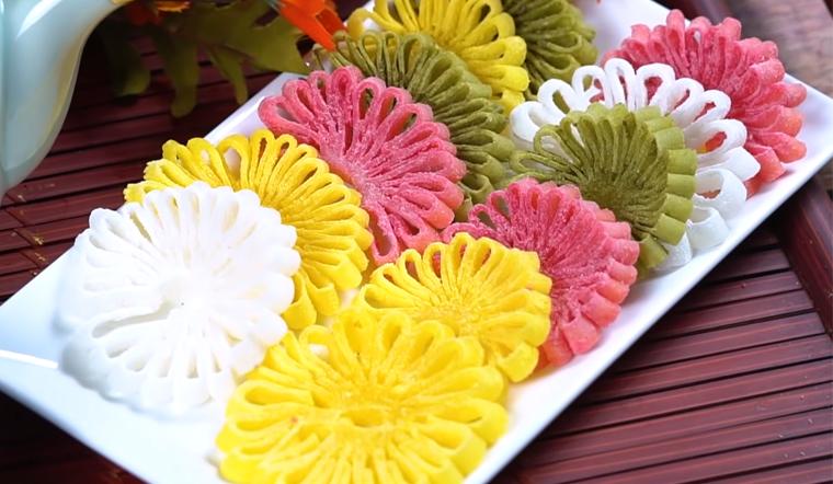 Cách làm mứt dừa hoa cúc siêu đẹp đón Tết