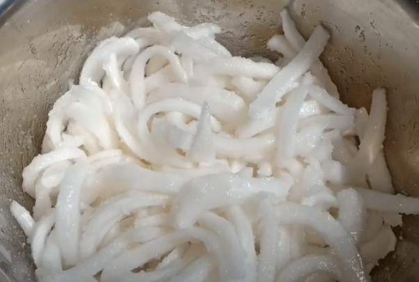 Cách làm mứt dừa đặc, tươi ngon cực đơn giản tại nhà - 4